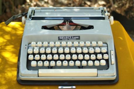 Machine à écrire Portable Mapuua 22 sélection Hermes
