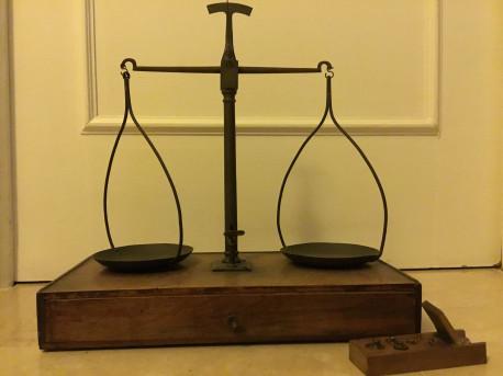 Balance d'apothicaire