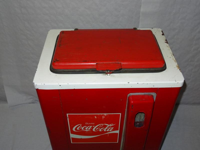frigo coca cola majestic vintage les vieilles choses. Black Bedroom Furniture Sets. Home Design Ideas