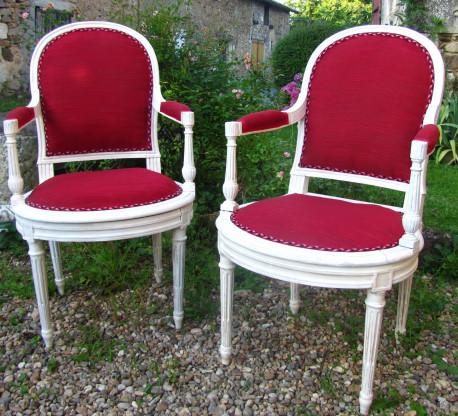 Paire de fauteuil style Louis XVI