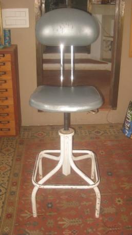 Ancienne chaise dessinateur métal et skaï