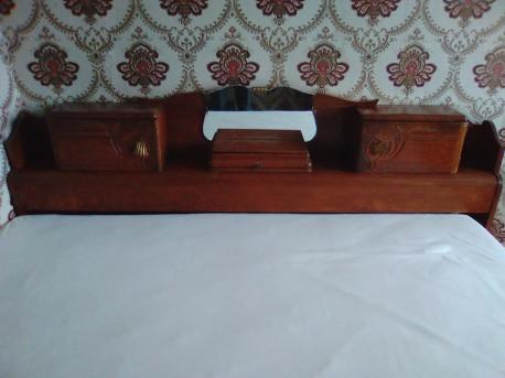 cosy et tête de lit années 50