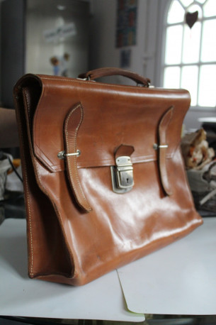 cartable pur cuir vintage
