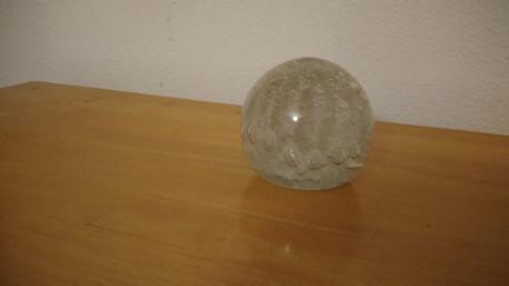 Presse papier boule soufflé vintage