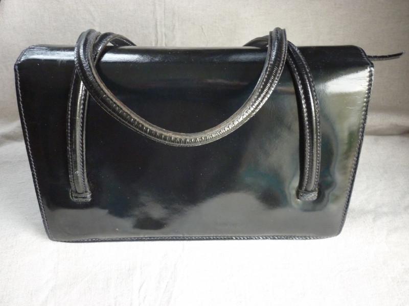 sac a main cuir noir annees 40 50 vintage les vieilles choses. Black Bedroom Furniture Sets. Home Design Ideas