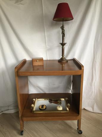 Bernadette, la table a roulette vintage
