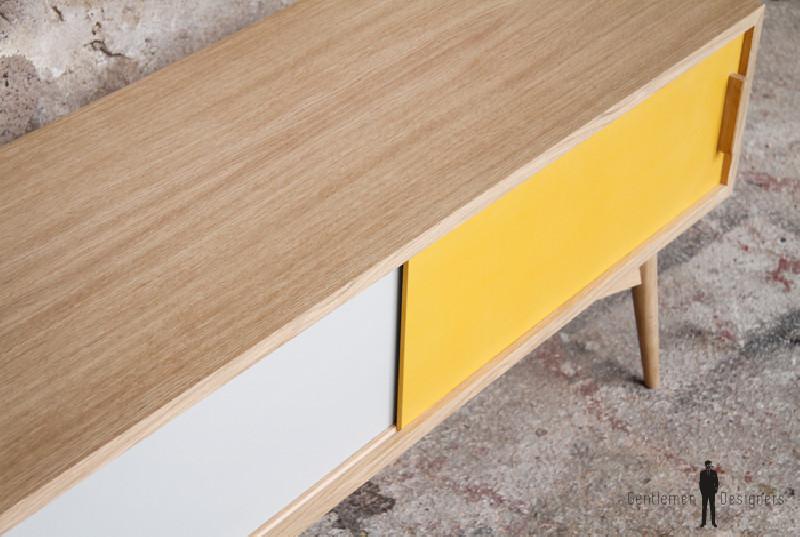meuble tv bas ch ne blanc jaune style vntage les vieilles choses. Black Bedroom Furniture Sets. Home Design Ideas