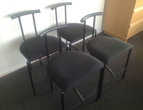Ensemble de 4 chaises « Tokyo » de Rodney Kinsman pour Bieffeplast