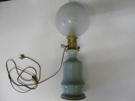 LAMPE EN CELADON