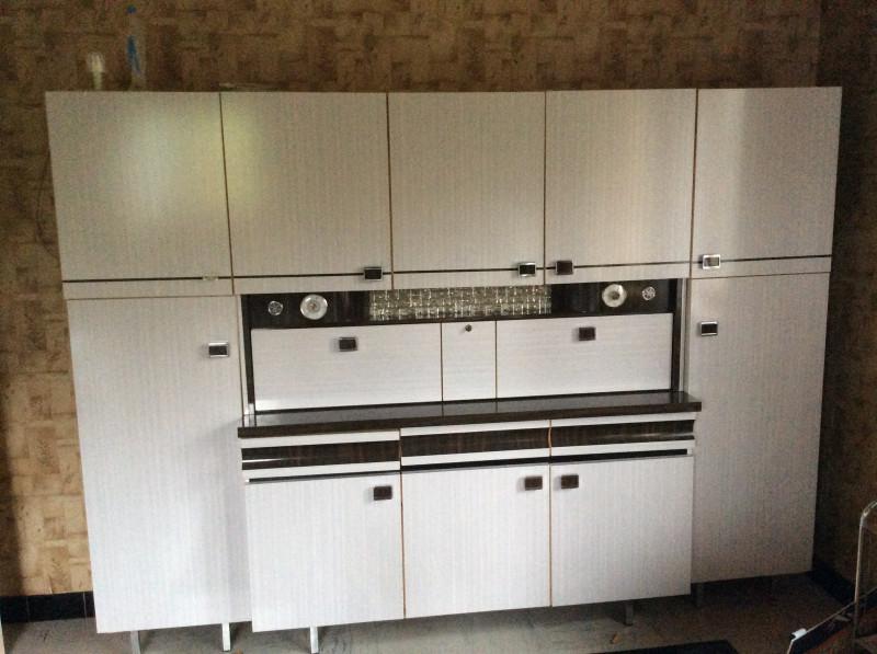 bahut de cuisine formica ann e 60 les vieilles choses. Black Bedroom Furniture Sets. Home Design Ideas