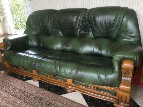 Salon Cuir + 3 fauteuils dont 1 elec + canapé