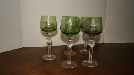 5 verres ciselés en cristal