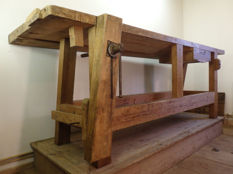 tabli en ch ne ancien les vieilles choses. Black Bedroom Furniture Sets. Home Design Ideas