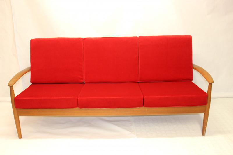 canap vintage en teck par grete jalk mod le 118 les. Black Bedroom Furniture Sets. Home Design Ideas