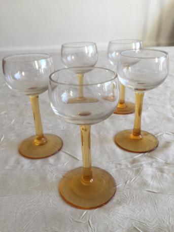 lot de 5 petits verres à vin