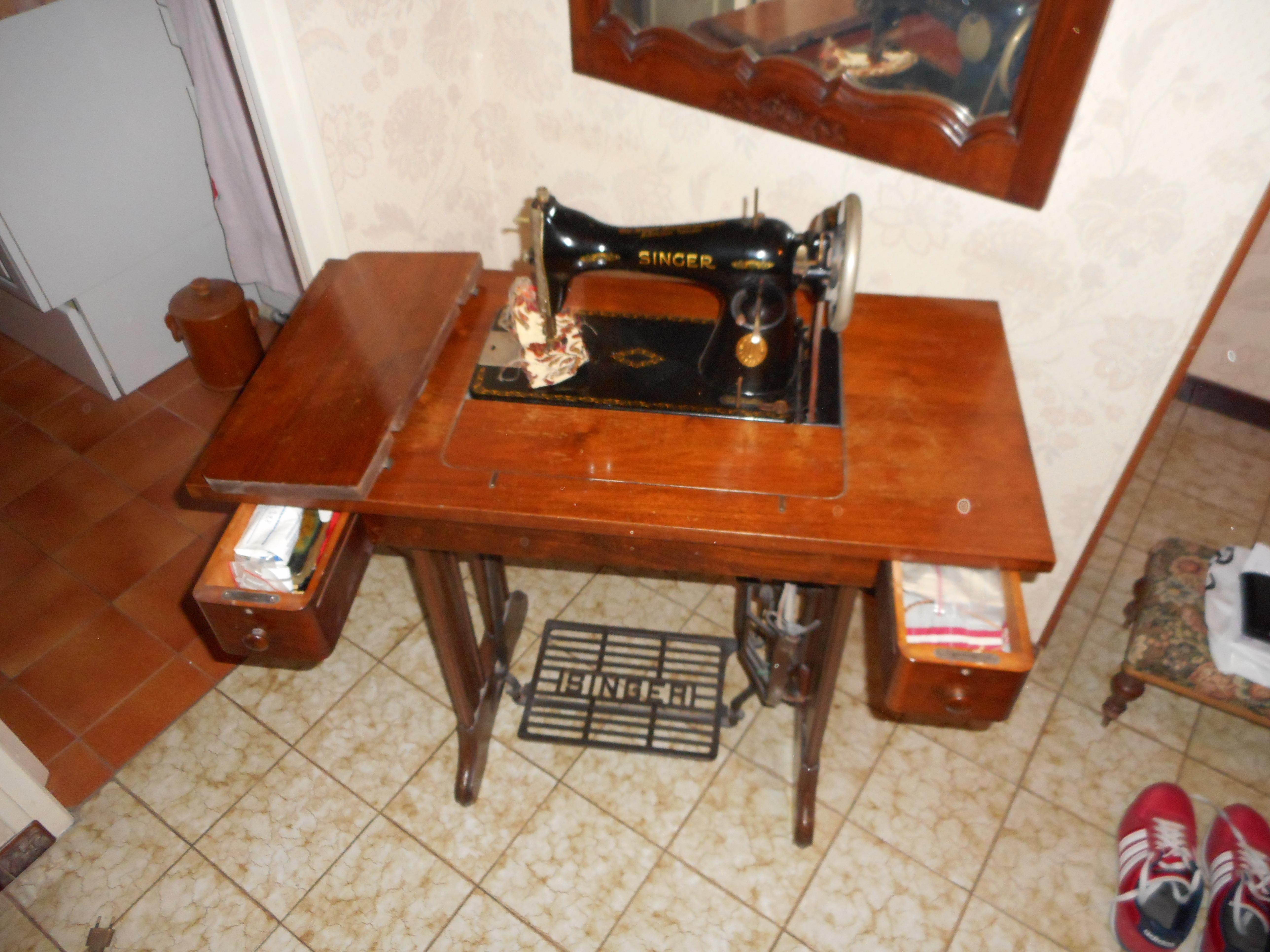 Machine A Coudre Ancienne machine à coudre ancienne singer à pédale