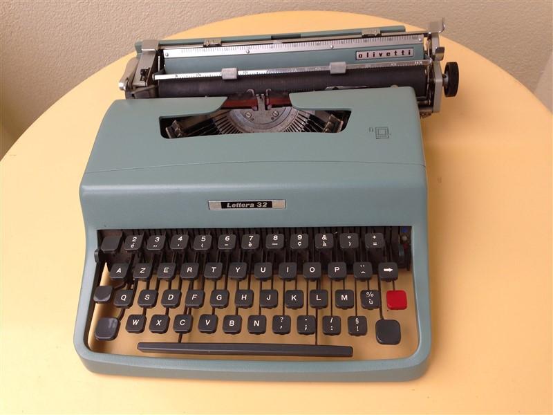 machine crire olivetti mod le lettera 32 vintage les vieilles choses