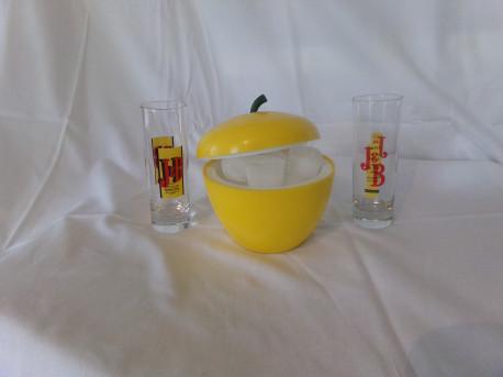 "Bac à glaçons ""pomme"" jaune"