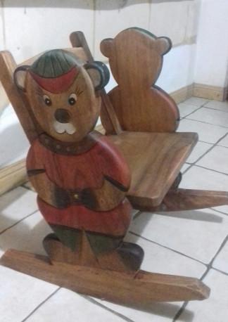 fauteuil à bascule vintage