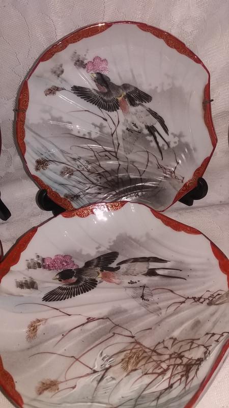 assiettes chinoises porcelaine d cor oiseau anciennes les vieilles choses. Black Bedroom Furniture Sets. Home Design Ideas