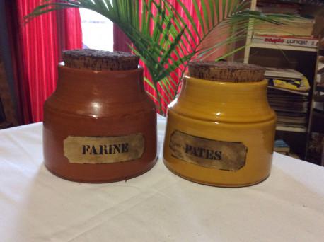 Pots à épice année 70