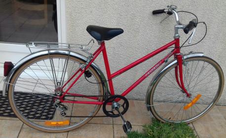 Vélo femme Peugeot vintage