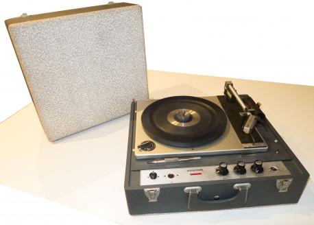 Tourne-disques ancien