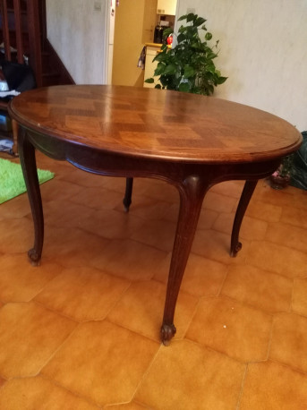 table chene style loluis XV ancien