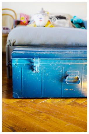 Cantine malle ancienne métal bleu vintage