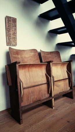 Fauteuil siège cinema bois vintage années 40 Les Vieilles Choses