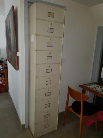 Colonne metallique vintage