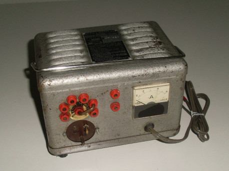 Huraux - chargeur de batterie vintage pour 6 et 12 Volt - années 1950