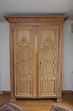 Très belle armoire de boiserie d'époque Louis XIV