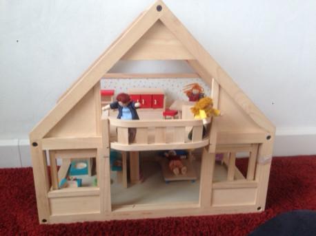 Maison de poupée vintage
