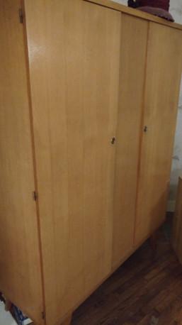 Armoire années 60 deux portes