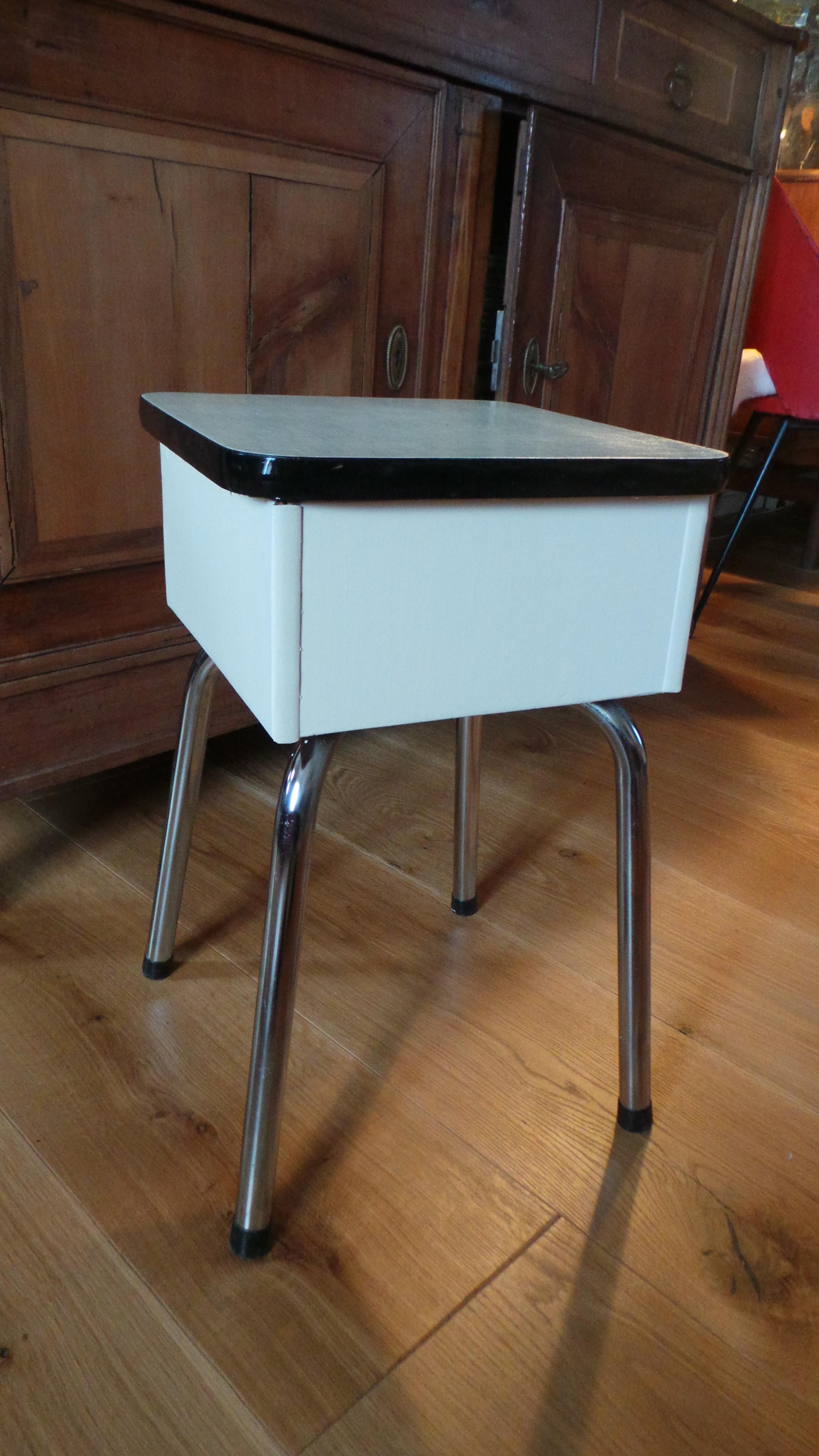 Table Basse En Formica tabouret coffre formica vintage - les vieilles choses