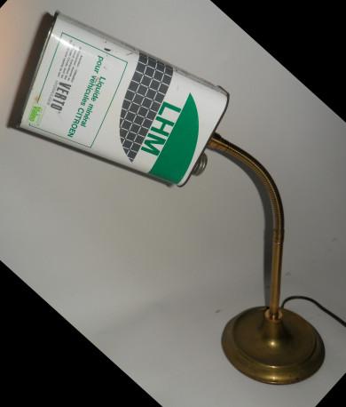 LAMPE BIDON D'HUILE LHM CITROEN INDUSTRIELLE