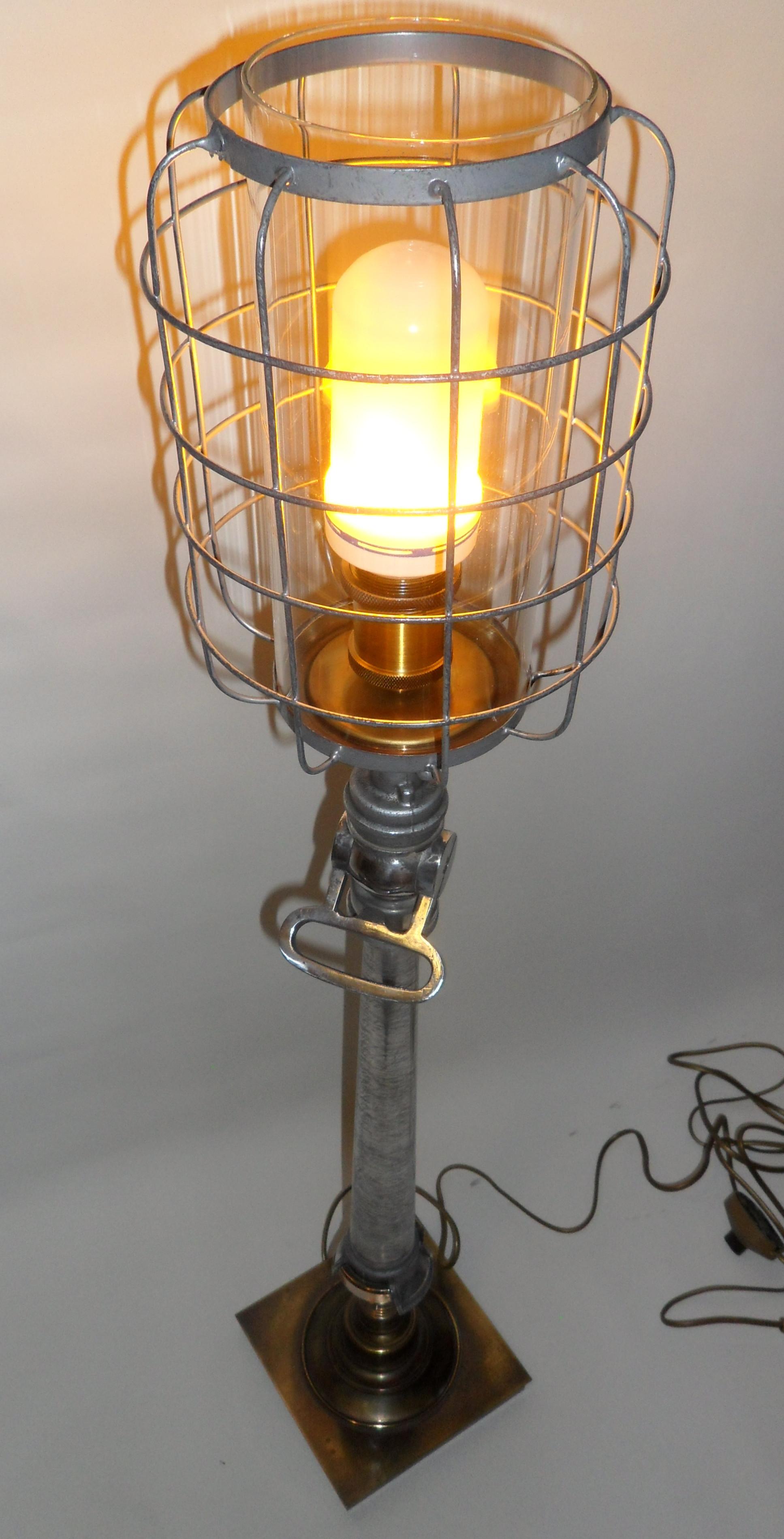 Lampe Lance A Incendie Ideale Sapeur Pompier Les Vieilles Choses