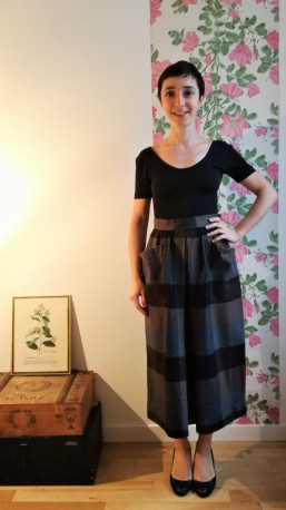 Jupe midi en laine Yves Saint-Laurent vintage