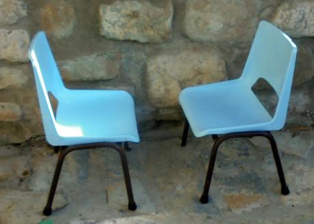 Paire de chaises d'école maternelle vintage