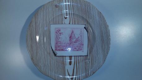 Ancienne assiette en trompe l'oeil faïence Creil et Montereau
