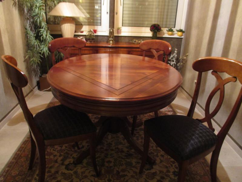 table ovale roche bobois merisier vintage les vieilles choses. Black Bedroom Furniture Sets. Home Design Ideas