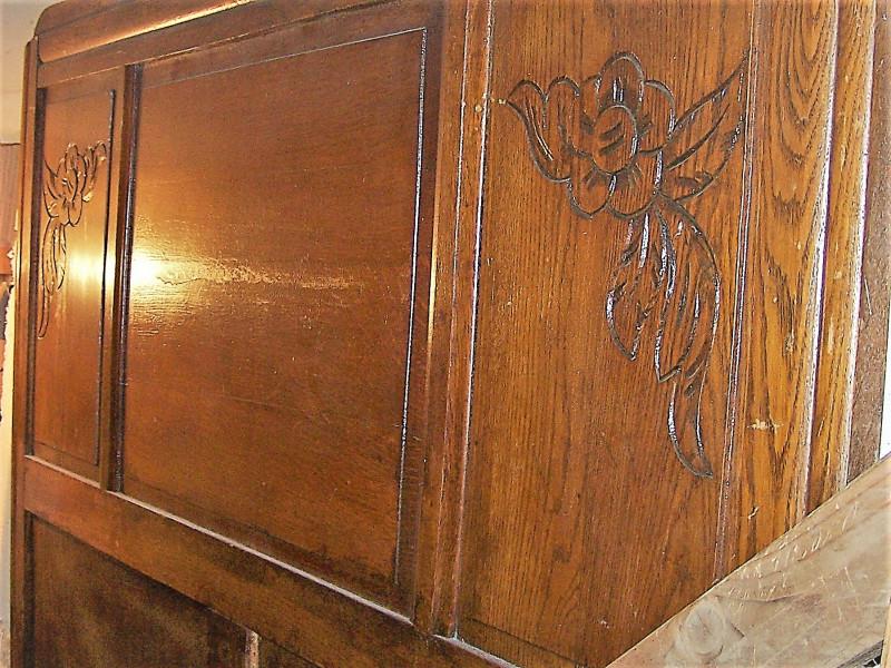 t te et pied de lit sculpt s ann e 1930 ch ne massif les vieilles choses. Black Bedroom Furniture Sets. Home Design Ideas