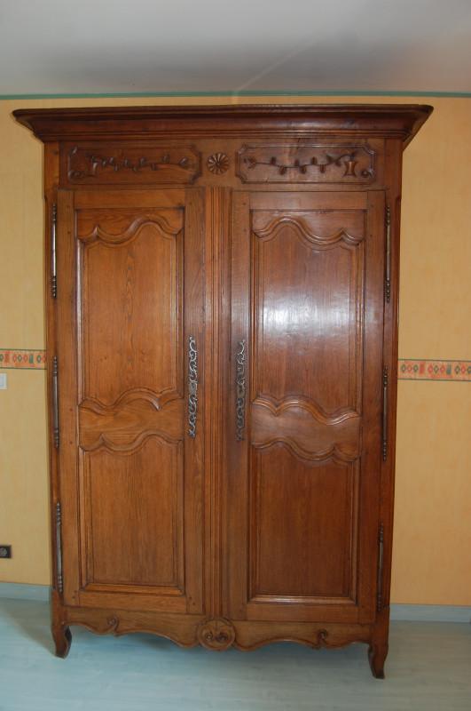 armoire normande ancienne les vieilles choses. Black Bedroom Furniture Sets. Home Design Ideas