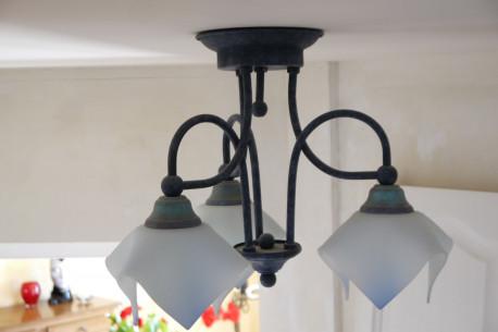 luminaire en fer forge bleu vintage
