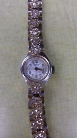 Ancienne montre mécanique Mortima