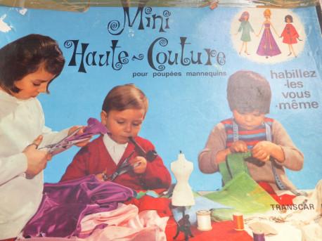 """jeu vintage""""mini-haute couture pour poupée mannequin"""""""