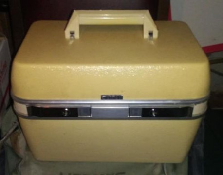 beauty case DELSEY rigide 70's vintage