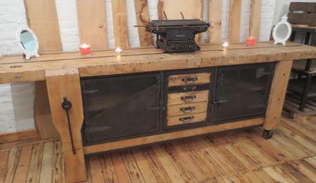 etabli de menuisier industriel les vieilles choses. Black Bedroom Furniture Sets. Home Design Ideas
