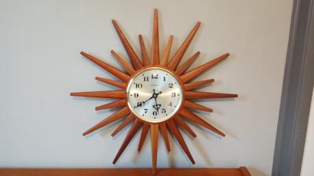 Horloge soleil teck